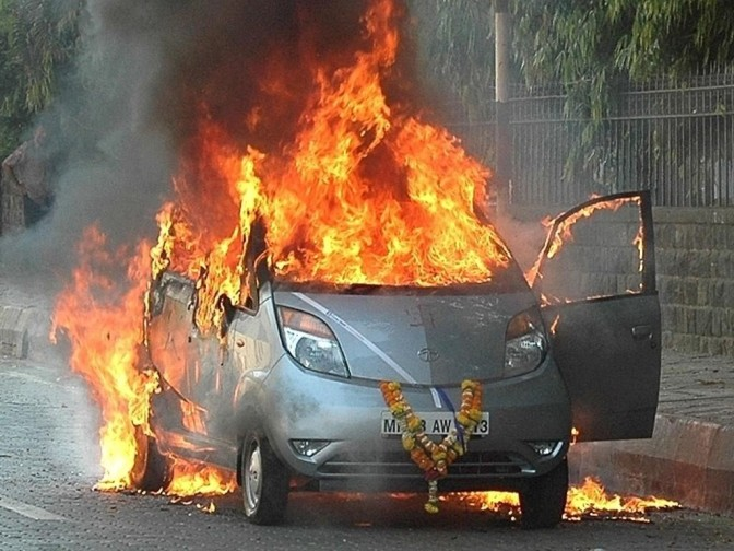 Tata Nano_on fire